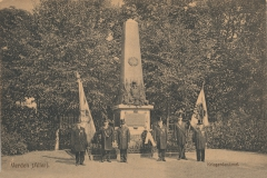 kriegerdenkmal_holzmarkt-5