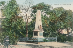 kriegerdenkmal_holzmarkt-6