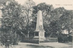 kriegerdenkmal_holzmarkt-7