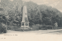 kriegerdenkmal_holzmarkt-9